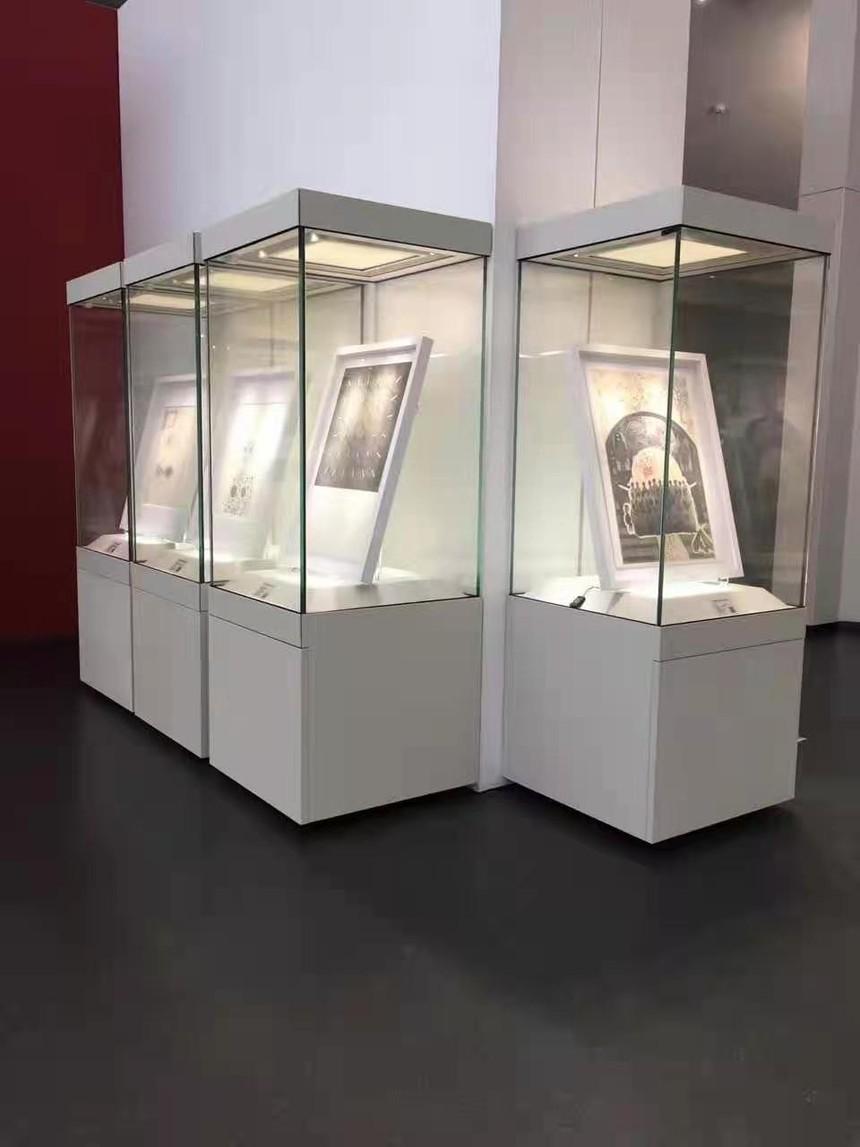 博物館展柜獨立展示柜.jpg
