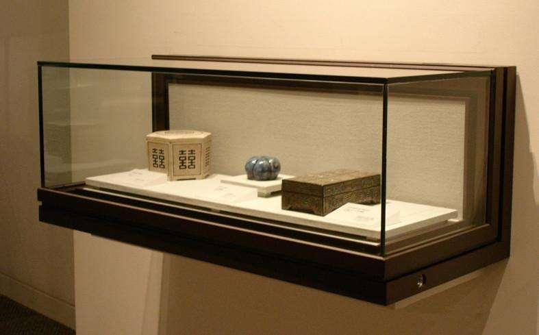 博物館展柜懸掛展示柜.jpg