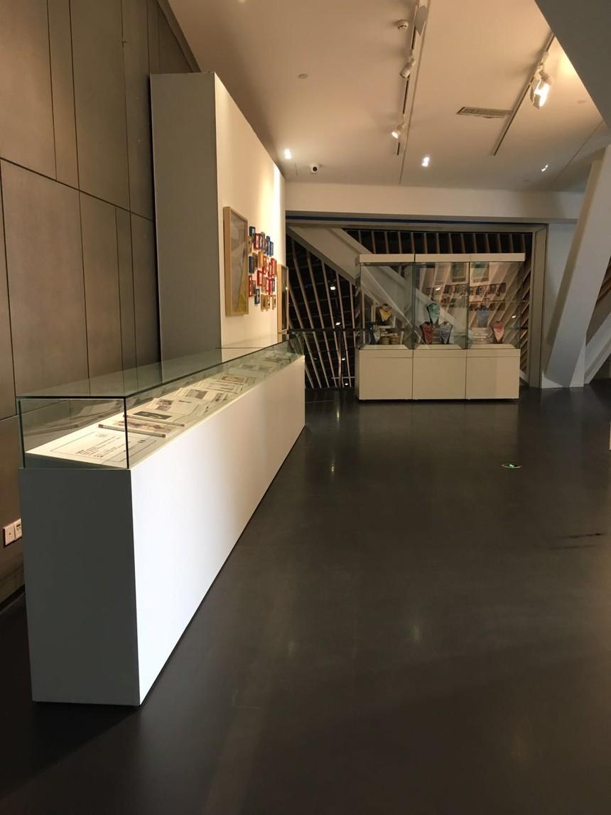 博物館展柜玻璃展示平柜.jpg