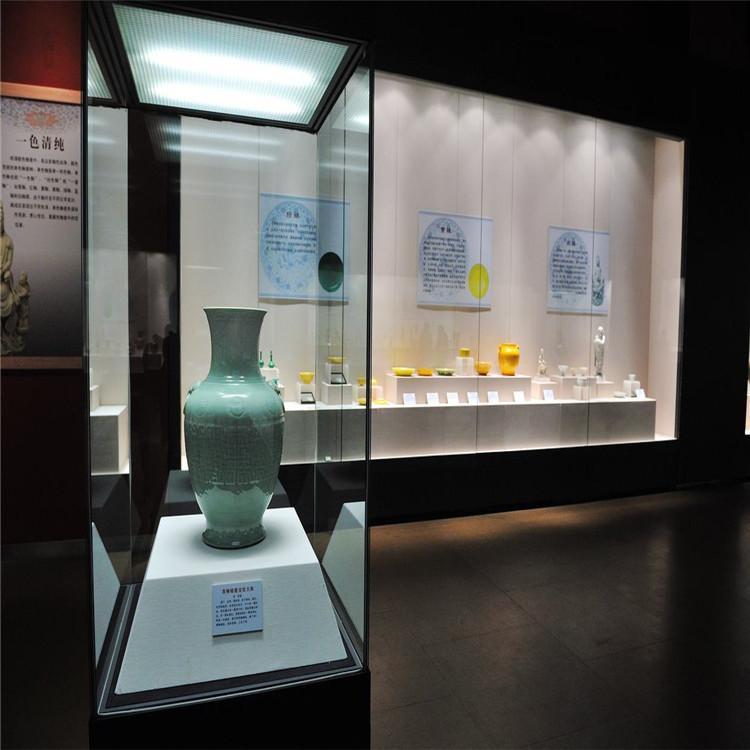 博物館展柜瓷器展柜.jpg
