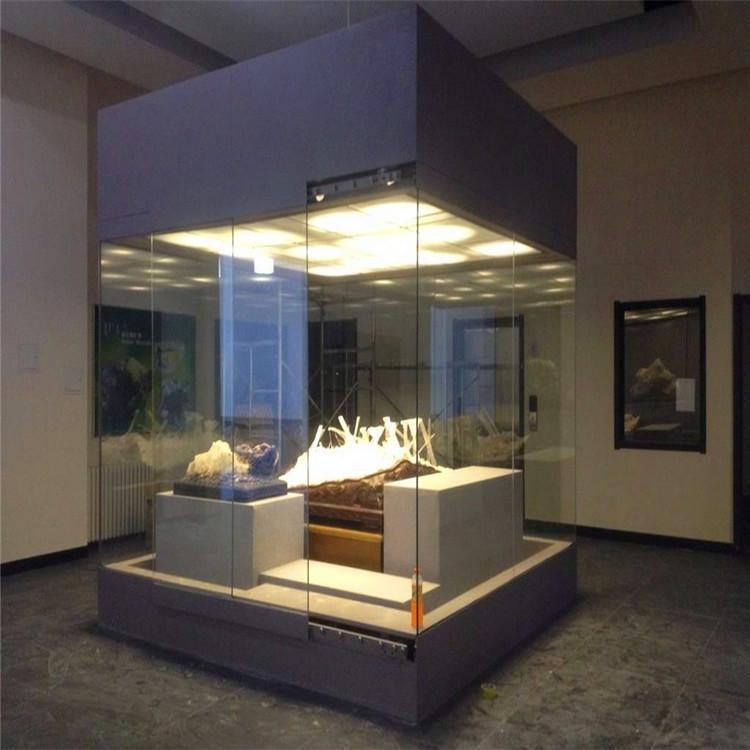 文物展示柜.jpg
