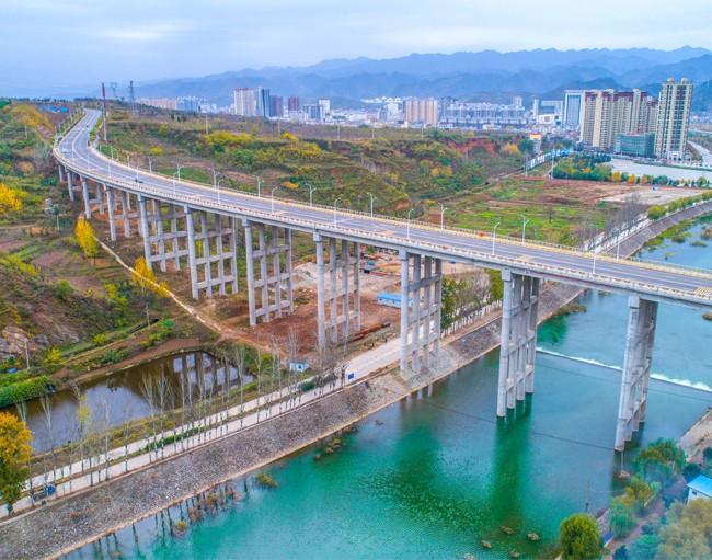 商洛市环城北路1标段大桥.jpg
