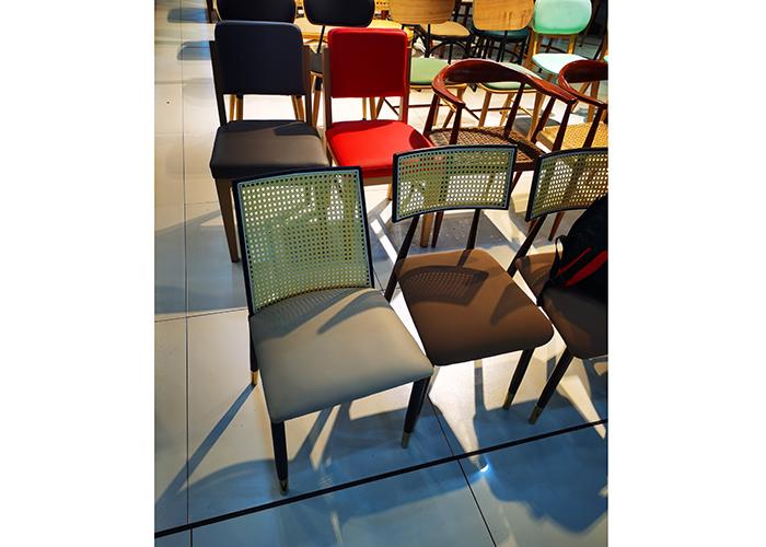 濟南簡約時尚餐椅