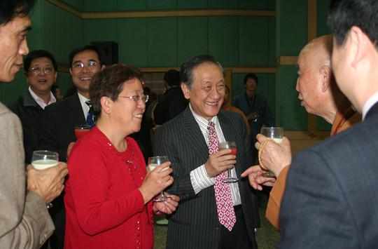 17  台湾前新党主席郁慕明下榻酒店