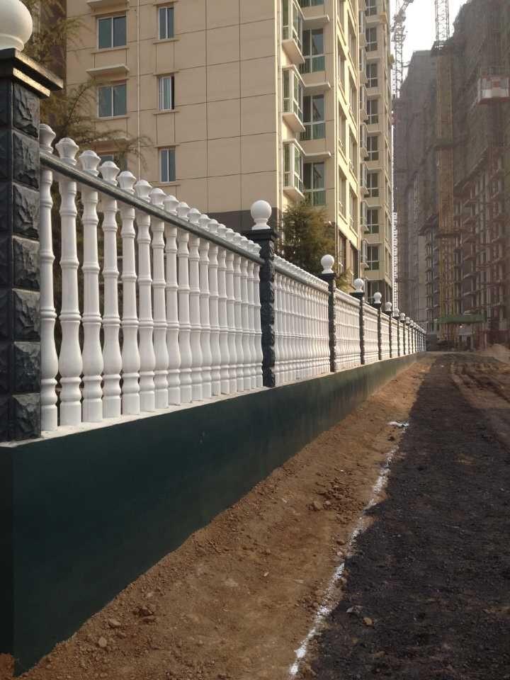 水泥护栏.jpg