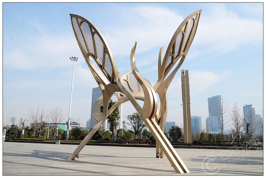 雕塑50.jpg