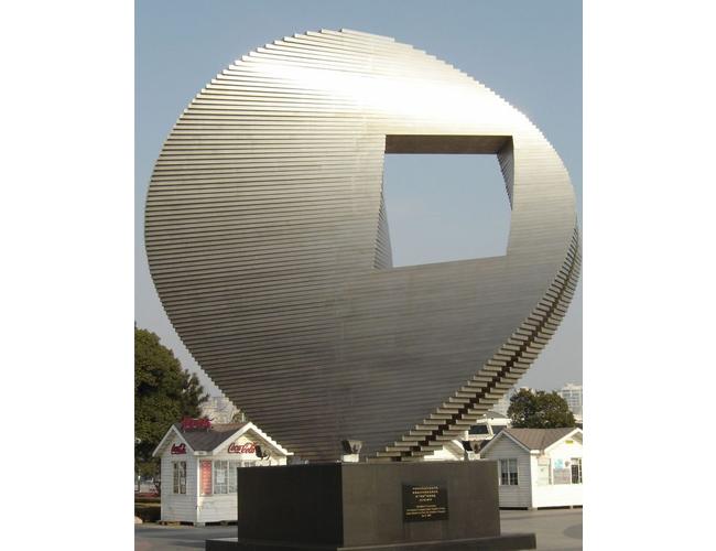 不锈钢雕塑22.jpg