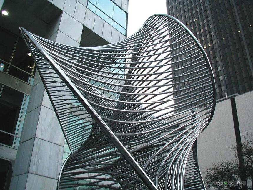 不锈钢雕塑.jpg