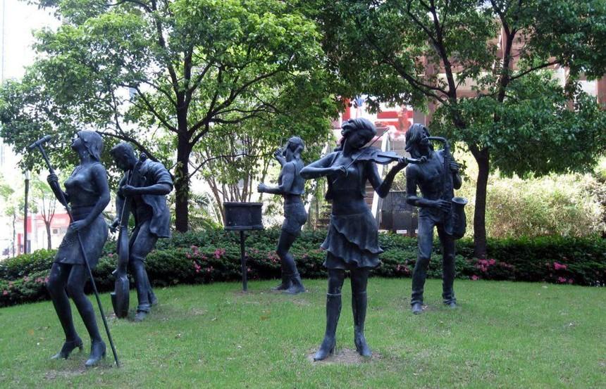 玻璃钢雕塑43.jpg