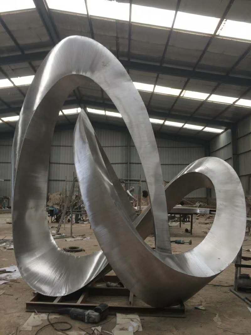 不锈钢雕塑12.jpg