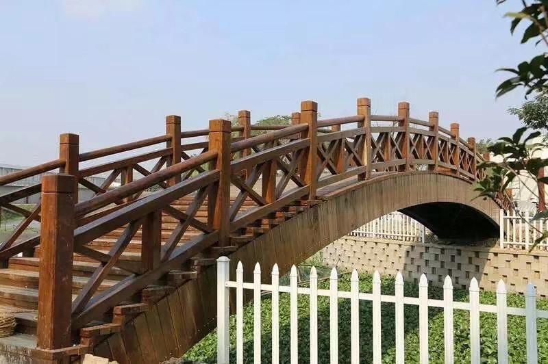 防腐木桥13.jpg