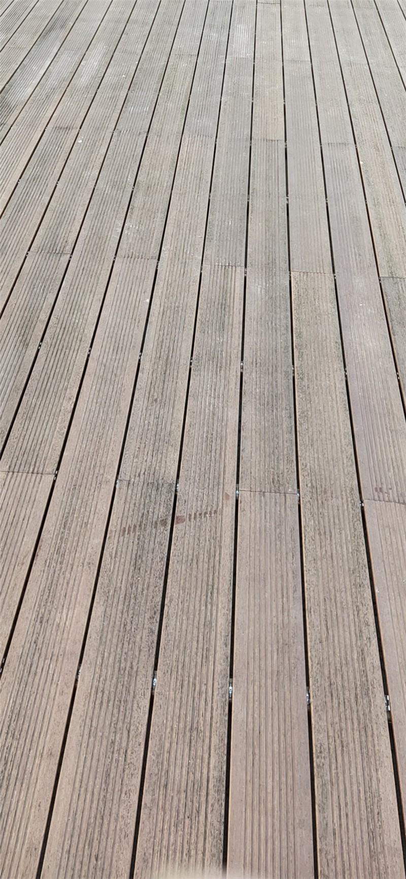 防腐木地板.jpg
