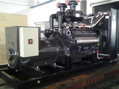 100kw上柴发电机组.jpg