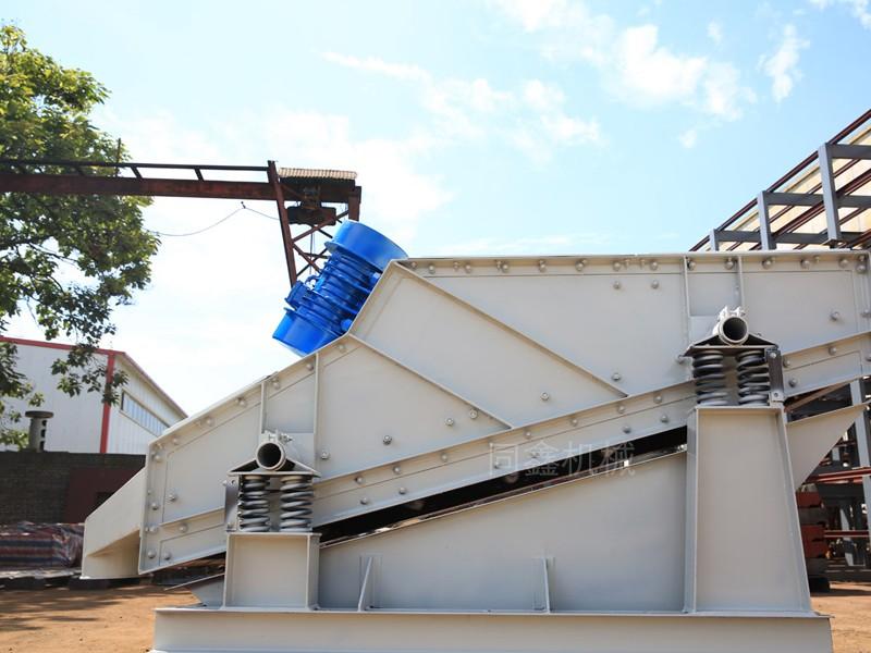 砂石生产线专用振动筛