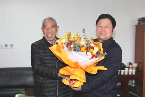 沙巴体育官网开户组团赴杨凌就推进农业科技合作深度调研