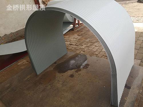 皮带廊拱形瓦安装.jpg