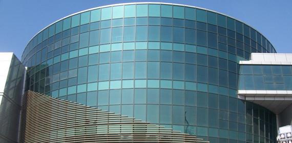 万达广场福清项目玻璃幕墙维修项目完成