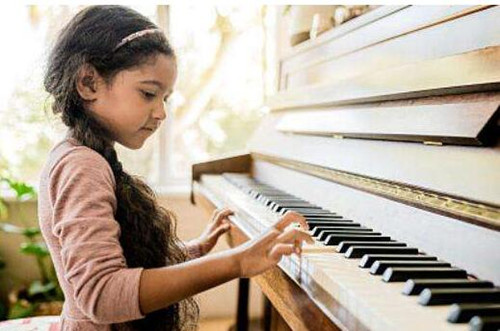 孩子学钢琴需要买钢琴吗