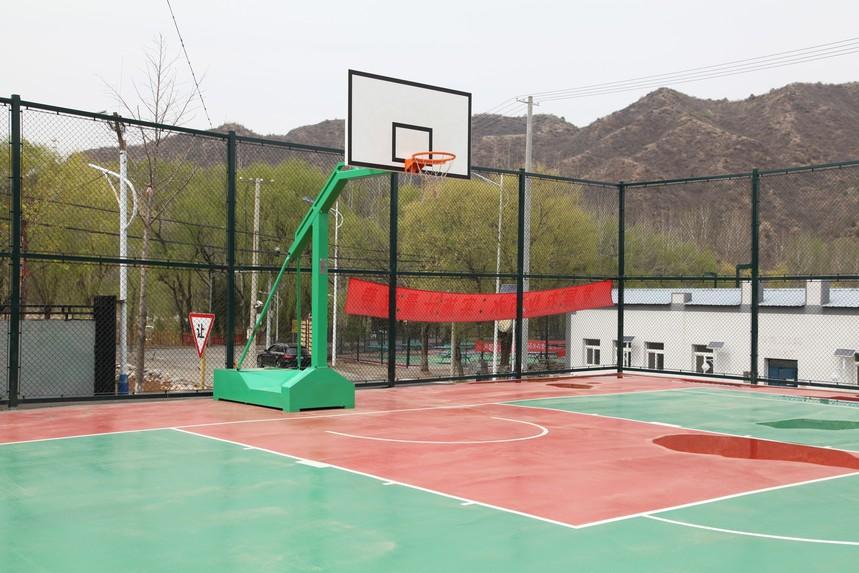 怀柔农家院篮球场地