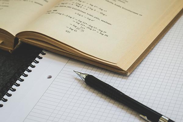 mathematics-1622448_960_720.jpg