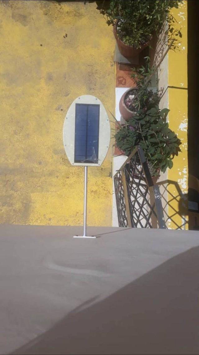 采购太阳能一体路灯,要外壳套件,如图,数量200套,有做的厂家请
