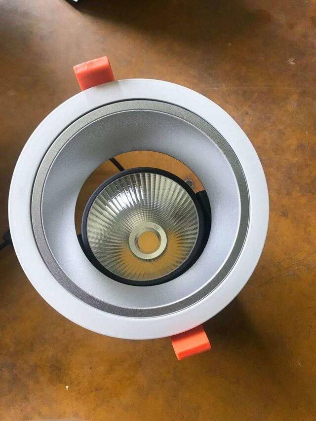找2款灯具外壳,如图,15w筒灯,尺寸见图,数量500套,40w聚光射