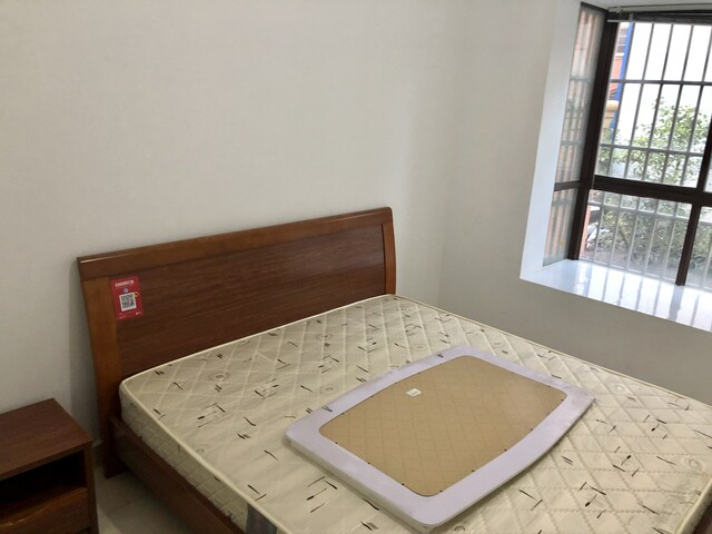 瑞丽团结路三室一厅红木家具出租可月租