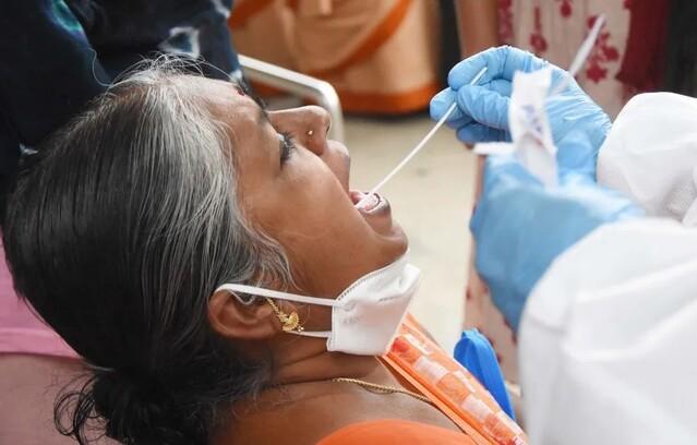 印度医学研究理事会20日公布的第四轮针对新冠病毒的血清抗体检测